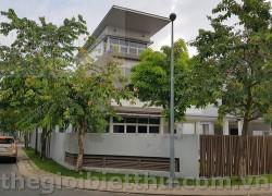 Cho thuê villa Riviera Cove Quận 9