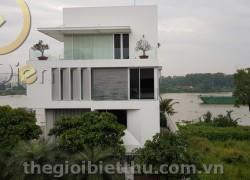 Biệt thự bờ sông Thảo Điền