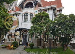 Biệt thự đường Nguyễn Ư Dĩ Thảo Điền bán