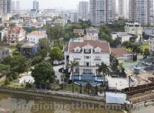 Dinh thự ven sông của Jonathan Hạnh Nguyễn bố chồng Tăng Thanh Hà
